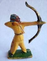 Figurine CYRNOS INDIEN IND I 3 TIREUR ARC DEBOUT 60's Pas Starlux Clairet - Starlux
