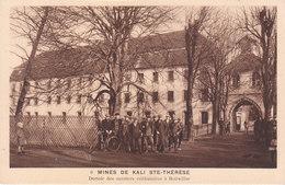 CPA BOLLWILLER (68) MINES DE KALI SAINTE-THERESE - DORTOIR DES OUVRIERS CELIBATAIRES (PUB POTASSE D'ALSACE AU VERSO) - Autres Communes