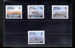 TRISTAN DA CUNHA 483/486** SUR DES NAVIRES DE GUERRE DE LA ROYAL NAVY - Tristan Da Cunha