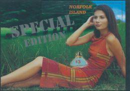 Norfolk Island 2004 SG887 Fragrances Special Edition MS MNH - Norfolk Island
