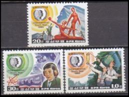 1985Korea, North2705-07International Youth Year 1985 - Corea Del Nord