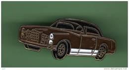 AUTOMOBILE *** N°10 *** 1016 - Badges