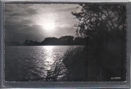 Carte Postale 62. Ardres Coucher De Soleil Sur Le Lac  Très Beau Plan - Ardres