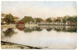 CEYLON : KANDY - VIEW OF THE QUEEN'S HOTEL FROM ACROSS THE LAKE / GV - CEYLON STAMPS / ADDRESS - WIMBLEDON, LONDON - Sri Lanka (Ceylon)