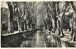 -dpts Div-ref-AK82- Gard - Alès - Goudargues - Centre Du Village Et Canal - Canaux - - Autres Communes