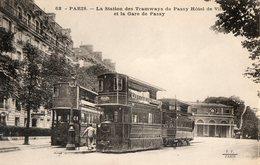 75. CPA. PARIS 16°.  Station Des Tramways De Passy Hotel De Ville Et La Gare De Passy. Tramway à étage. - Arrondissement: 16