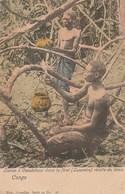 CONGO BELGE - LIANES A CAOUTCHOUC DANS LA FORET - LUSAMBO - RECOLTE DE LATEX -  TRES BELLE CARTE COLORISEE - 2 SCANNS - - Congo Belge - Autres