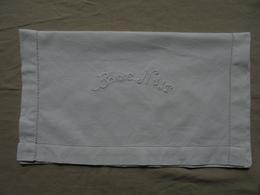 """Ancien - Pochette En Coton Blanc Range Pyjama """"Bonne Nuit"""" - Habits & Linge D'époque"""