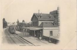D92 - COLOMBES - LA GARE DES VALLEES - Train - Hommes - PRECURSEUR - Colombes