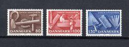 DANMARK :  Utensili Artigianato Danese - 3 Val. MNH**  Del  22.09.1977 - Danimarca