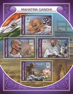 MALDIVES 2018 - M. Gandhi, Om - YT CV=17 €, 6130-3 - Hinduism