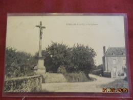 CPA - Etrelles - Le Calvaire - Other Municipalities