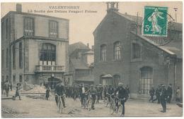 VALENTIGNEY - La Sortie Des Usines Peugeot Frères - Valentigney