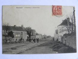 CPA (53) Mayenne - BOUESSAY - Grande Rue - Autres Communes