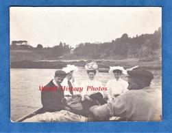 Photo Ancienne - Départ De CANCALE ( Manche ) - Promenade à Granville - 1906 - Mode Robe Chapeau - Bateaux