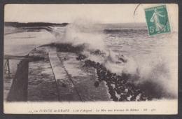 100678/ LE VERDON-SUR-MER, Pointe De La Grave, La Mer Aux Travaux De Défense - France