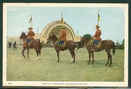 Gendarmes à Cheval / Officers On Horse. Gendarmerie Royale Du Canada / Royal Canadian Mounted Police. (4342) - Non Classés