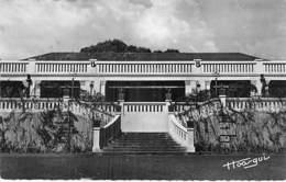 AFRIQUE NOIRE - REPUBLIQUE CENTRAFRICAINE - BANGUI : Palais Du Gouverneur - CPSM Dentelée N/B PF - Black Africa - Zentralafrik. Republik