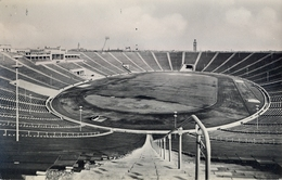 1957 ALEMANIA , TARJETA POSTAL CIRCULADA, LEIPZIG - MESSESTADT , SPORTFORUM - Estadios