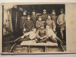 Cartolina Gruppo Soldati Italiani Galleria - Guerre 1914-18