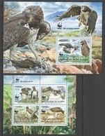 ST1425 2013 REPUBLIQUE DE GUINEE GUINEA WWF FAUNA BIRDS EAGLES POLEMAETUS BELLICOSUS 1KB+1BL MNH - W.W.F.