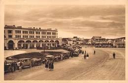 "M08192 ""BRETAGNE-SABLES D'OR LES PIN-HOTEL DES ARCADES-Y. HEMAR,ARCHIT."" ANIMATA-AUTO '30 CART. POST. ORIG. NON SPEDITA - Other Municipalities"