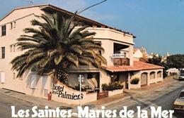 Les SAINTES-MARIES-de-la-MER - Hôtel Les Palmiers, Angle Rue Des Launes Et A. Daudet - Saintes Maries De La Mer