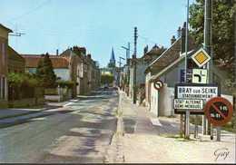 - CPM BRAY-SUR-SEINE (77) - Entrée De Bray Par La Route De Nogent 1988 - Editions GUY - - Bray Sur Seine