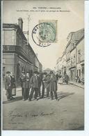Challans-La Rue Gobin,avec ,au 1°plan,un Groupe De Maraichins - Challans