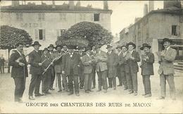 ( MACON )( 71 ) GROUPE DES CHANTEURS DES RUES DE MACON - Macon