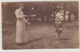 40918  -   Richmond  Park  Surrey  -  Badminton  Carte  Photo  -  Femme Et Fillette - Cartes Postales