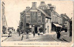 14 Grandcamp Les Bains : Carrefour - Rue De La Mer (coins Droits) Publicité Chocolat Vinay - France