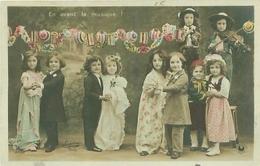 Carte -       Enfants   -      Groupe D 'enfants    , En Avant La Musique                J912 - Portraits