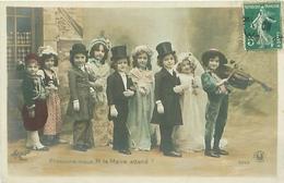 Carte -       Enfants   -     Pressons Nous , M Le Maire Attend                  J912  Sazerac - Portraits