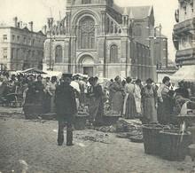 +++ CPA -  BRUXELLES - BRUSSEL - ST GILLES - SINT GILLIS - L'Eglise - Kerk - Marché - Market  // - Markten