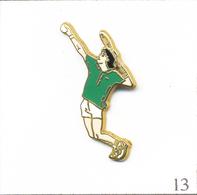 Pin's - Sport - Tennis / Tennisman. Estampillé Ballard. Zamac. T663-13 - Tenis