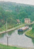 Balade En Péniche La Vie Sur L'eau Péniche Protecteur (2 Scans) - Houseboats