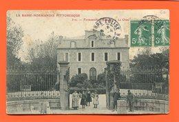 ET/156 FERMANVILLE LE CHATEAU LA BASSE NORMANDIE // écrite 1908 Timbre Poste Animée - Frankreich