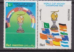 Pakistan 1982 Hockey CHAMPIONS SG 576/7 MNH - Hockey (su Ghiaccio)