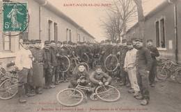 CPA:SOLDAT MILITAIRE VÉLO BATAILLON DE CHASSEURS À PIED AU BARAQUEMENTS COMPAGNIE CYCLISTE SAINT NICOLAS DU PORT (54) - Autres Communes