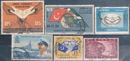 Pakistan 1965 -  Michel  215 / 217 +219 + 220 + 222  ( Usados ) - Pakistán