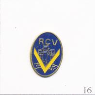 Pin's - Sport - Rugby / Ancien Logo RCV - Club De Vincennes. Estampillé Winner. Métal Peint. T665-16 - Rugby