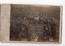 187-Militaria- Métier- Travail Des Femmes Allemandes Pendant La Guerre *Kriegsjahr 1915 - Erste Kameradschaft* 2 Cartes - Oorlog 1914-18