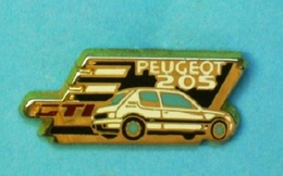 1 PIN'S  //    ** PEUGEOT / 205 GTI ** . (Hélium Paris) - Peugeot