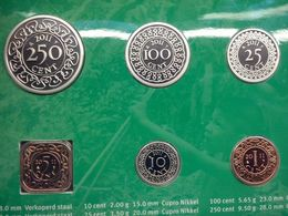 Suriname  2011 Year Set : 1 - 250 Cents , BUNC , In Holder - Suriname 1975 - ...