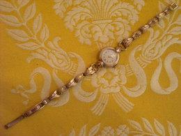 Montre Bracelet Marque VENDOME , Swiss Made , Plaqué Or , Avant 1960 , Non Testée - Montres Anciennes