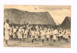 Missions Des Filles De Marie De Pesches.Bas-Congo.Leçon De Gymnastique Par Un Moniteur. - Congo Belge - Autres