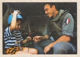 9AL1402 CARTE MINISTERE DE LA DEFENSE CASQUES BLEUS - Andere Kriege