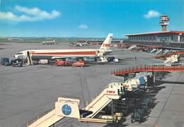 """0568 """"FIUMICINO - AEROPORTO INTERNAZIONALE DI ROMA - LEONARDO DA VINCI."""" CART. ORIG. SPED. 1968 - Aerodromi"""