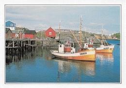 Norvège Vues Des Iles Lofoten Avec Bâteaux De Pêche (2 Scans) - Pesca